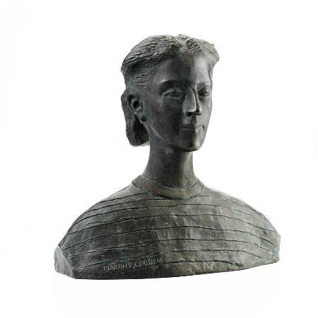Busto de figura feminina
