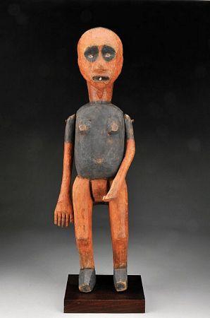 Escultura antropomórfica articulada