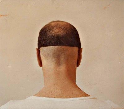 Figura masculina de costas