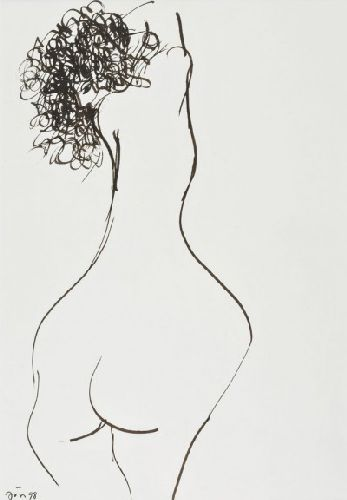 Nu feminino
