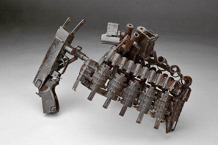 """""""Esculturas para a Paz - Homenagem aos inocentes da Guerra"""""""